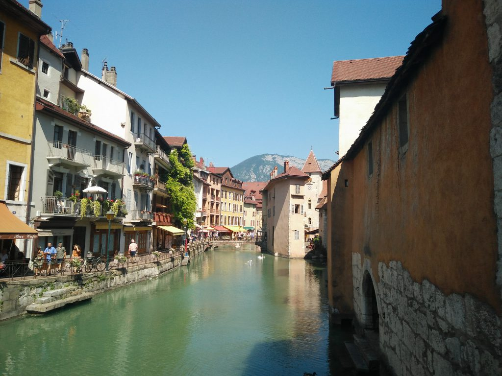Day trip From Lyon to Annecy